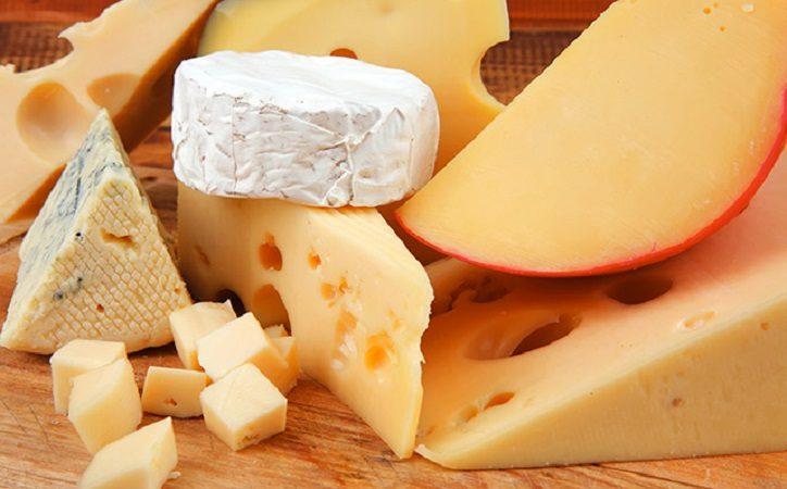 Natürliche Antioxidantien in Käse können Ihre Blutgefäße vor Schäden durch salzreiche Ernährung schützen