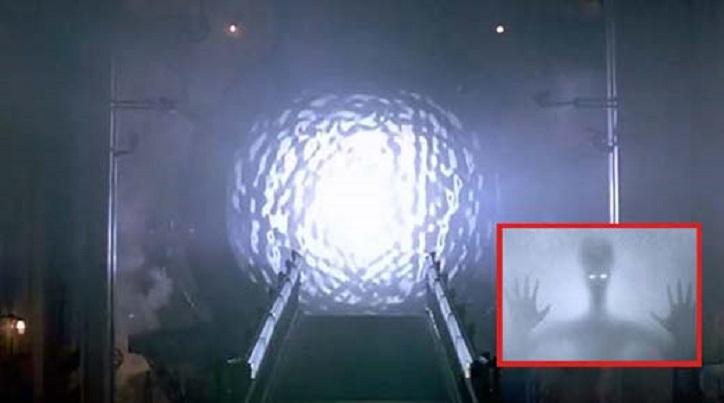Das große Geheimnis der Elite: Elektromagnetisches Portal, das den Durchgang anderer Wesenheiten ermöglicht